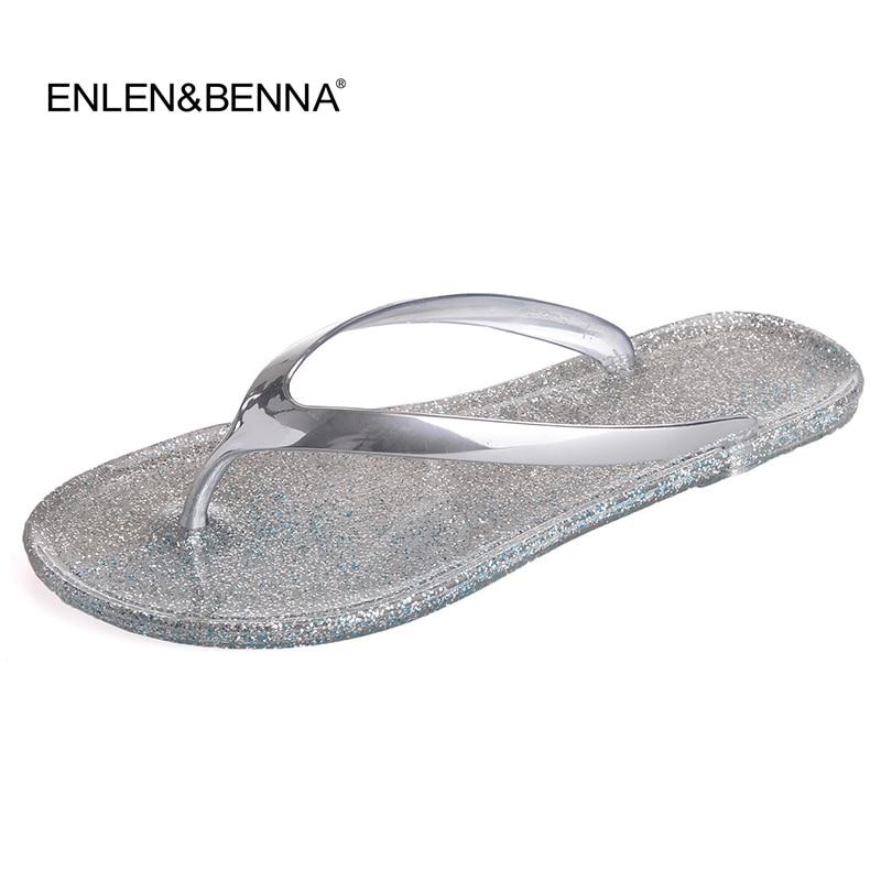 Femmes Chaussures Pantoufles De Mode Designer Plage Flip Flops Dames 2017 D'été Plat String Sandales Douche Diapositives Gelée sandales Or