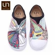UIN عجلة تصميم رسمت حذاء قماش المرأة العصرية الانزلاق على المتسكعون السيدات السفر الشقق موضة حذاء رياضة
