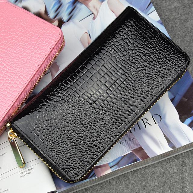 Women's Multicolor Leather Zipper Alligator Patterned Wallet