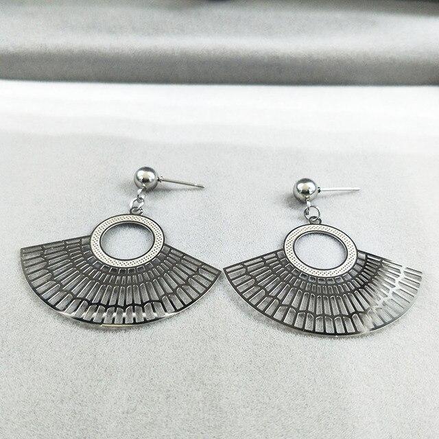 2021 boucles doreilles en acier inoxydable pour femmes Fan couleur argent boucle doreille bijoux pendientes para las mujeres E1559S01