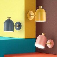 Nordic Slaapkamer Bedlampje Wandlamp Eenvoudige Moderne Gangpad Corridor Hotel Golden Achtergrond Wandlamp Creatieve LED Lamp-in LED Indoor Wandlampen van Licht & verlichting op