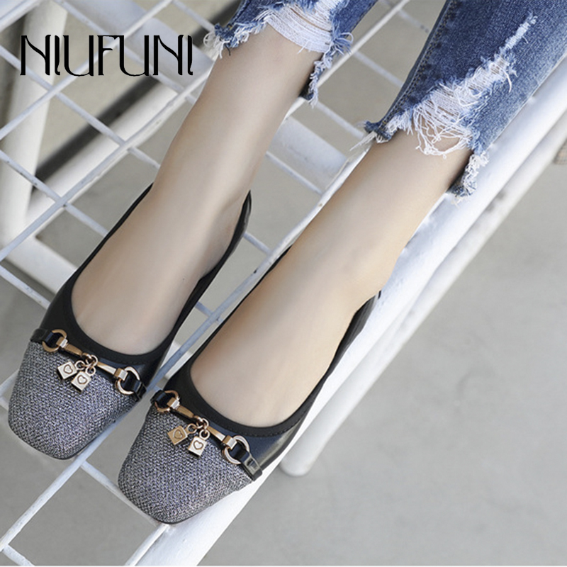 Plus Size Metal Pendant Flat Shoes Womens Sandals Square Head Shallow Loafers Wrinkle Embroidery Thread Sweet 35-42