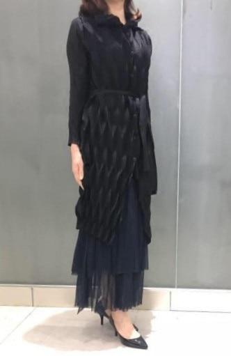 Folds of art goddess style high-end diamond Rucking lace long coat windbreaker miyake pleated   trench   free shipping