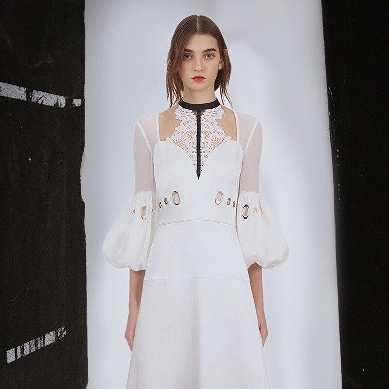 Robes Automne Portrait Mode Out Midi Robe Femmes 2018 Blanche Dentelle Nouvelle Auto Blanc Creux Plissée Lanterne Manches tshxBodCQr