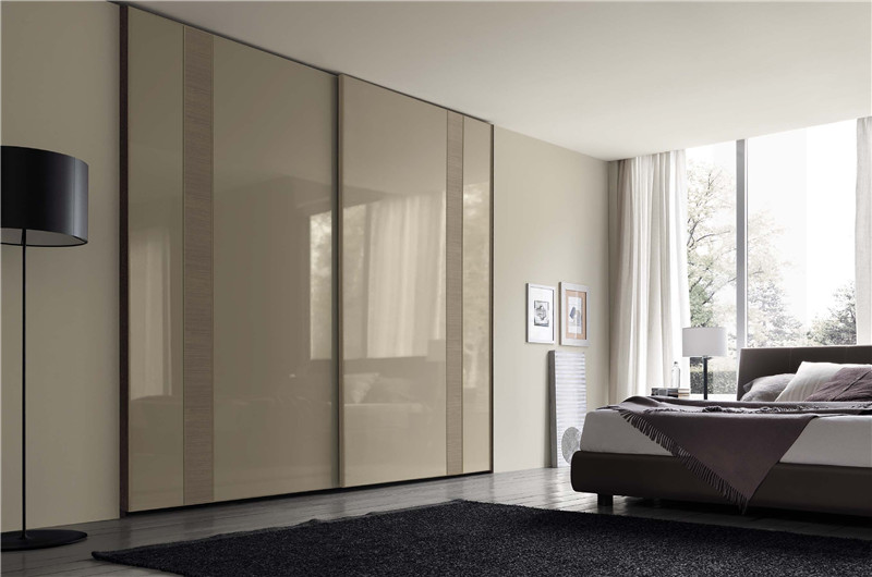 Modern Wardrobe Sliding Door White Lacquer Door Customized Closet In Wardrobes From