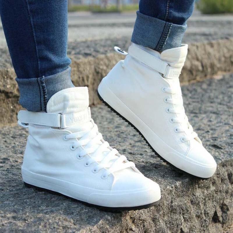 416781bfe Nova Primavera Verão Dos Homens Sapatos Casuais Respirável Preto High-top  Lace-up Sapatos de Lona Alpercatas 2018 Moda Sapatas Dos Homens brancos  Plana