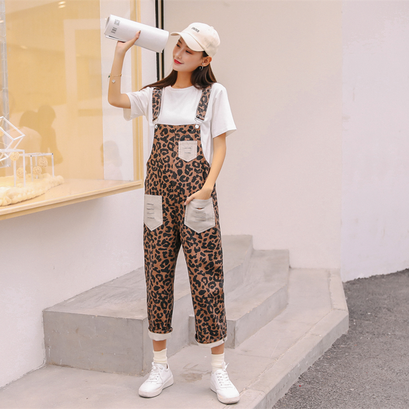 WKOUD   Jumpsuits   Women 2019 Spring New Leopard Printed Ankle-Length Pants Pockets Denim Rompers Female Jeans Overalls P8842