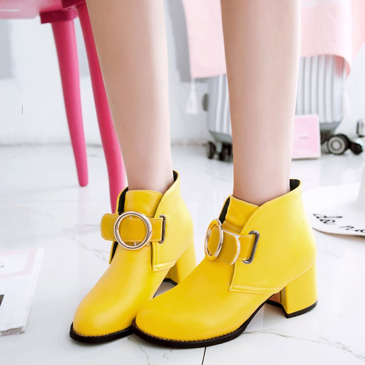 Big Size 11 12 13 14 15 16 17    Maam Coarse heel Short boots  Pure color  Metal decoration Boot barrel   High heel bootsBig Size 11 12 13 14 15 16 17    Maam Coarse heel Short boots  Pure color  Metal decoration Boot barrel   High heel boots