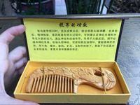 Wood Craft Peacock Wooden Decorative Hair Comb Hand Carved Cliff Kashiwagi Elephants Hair Brush