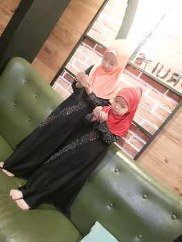 (12 pieces/lot) Wholesale Latest Designs black rhinestones Muslim Girls dresses kids abayas islamic Clothing SYF257