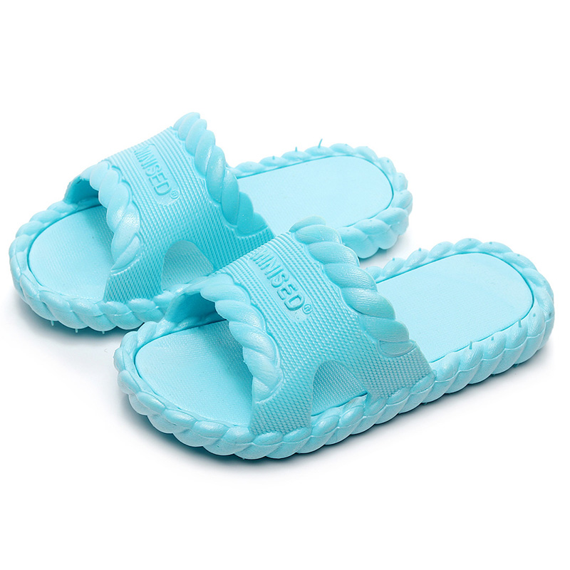 Summer Children\s Home Bathroom Non-slip Soft Bottom Beach Shoes Candy Color Slippers For Kids Boys Girls Slippers Summer Children\s Home Bathroom Non-slip Soft Bottom Beach Shoes Candy Color Slippers For Kids Boys Girls Slippers