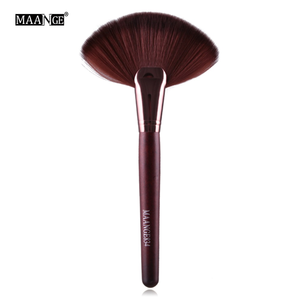 MAANGE Professional 1pc Soft Makeup Large Fan Brush Blush Loose Powder Foundation Beauty Make Up Tool Big Fan Cosmetics Brushes 1