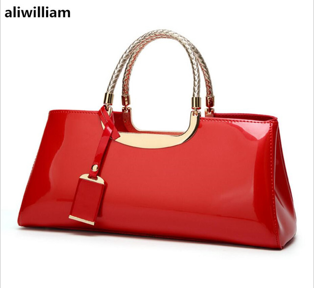 High-end Luxury Handbags Europe The United States-Style Fashion Light  Patent Leather Handbag Shoulder Bag Bridal Dinner Package 997392920610