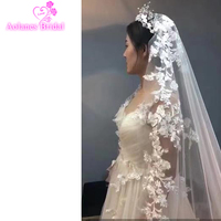 2018 New 3x3.5 Meters One Layer Vintage Luxurious Lace Tulle Long Wedding Veil New Ivory Bridal Veil Without Comb Velos De Novia