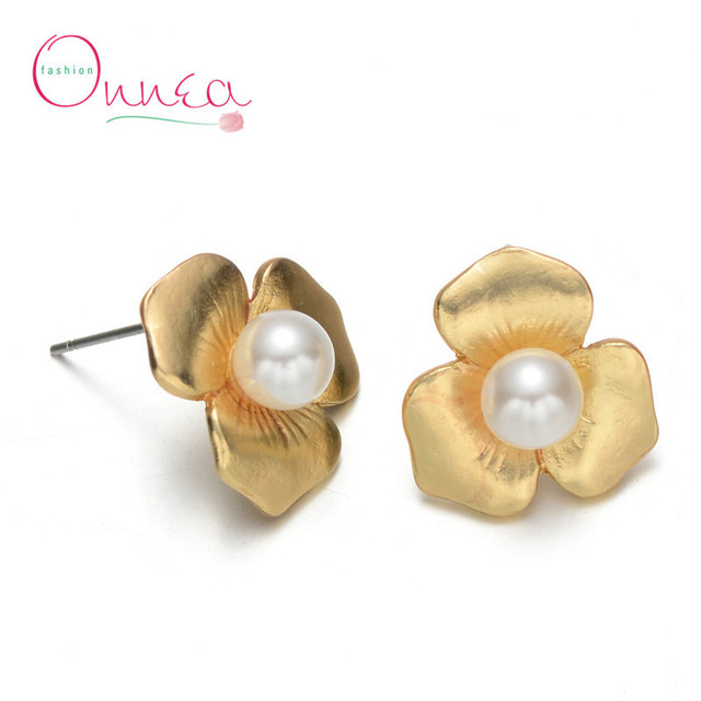19a0d8becaf Gold Plated Rose Flower Stud Earrings For Mature Women Brand Design Pearl  Stud Earrings Fashion Jewelry SMT4821-003