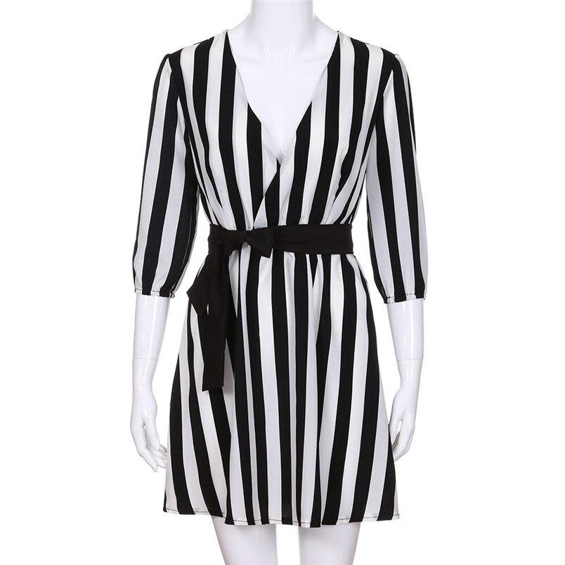 2018 New Women Sexy Drss Women V-Neck Striped dress Summer Black White Striped Beach Casual Loose dresses vestidos 8703