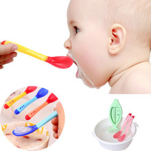 1Pcs Baby Learning Dishes With Suction Cup Assist Food Bowl Temperature Sensing Spoon Baby Tableware Baby Utensils Spoon(China)