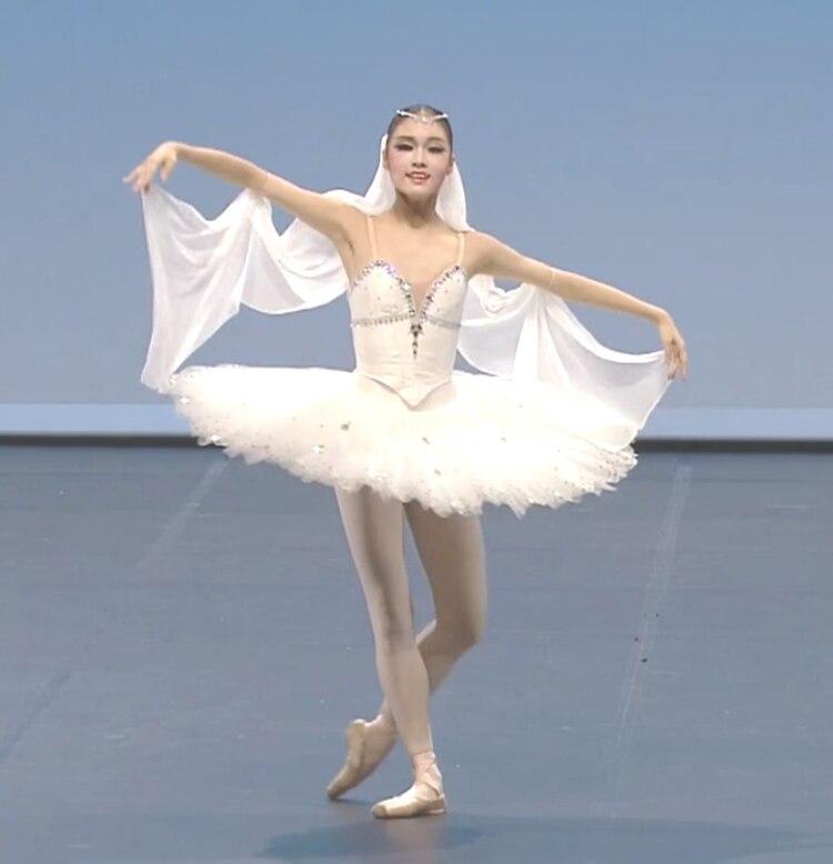 Adulte blanc professionnel Tutu femmes Ballet danse compétition Costume robe de patinage artistique pour les filles Swan Lake robe de Ballet