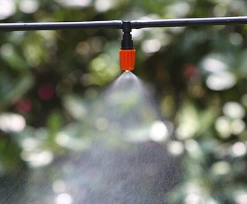 30m micro irrigation hose set 12V mini water pump 30pcs high quality adjustable mist sprinkler