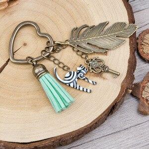 Pacgoth المفاتيح كيرينغ حقيبة الملحقات للون شجرة عيد الميلاد الجورب snowflake منحوتة المينا multicolors 6.1 سنتيمتر ، 1 قطعة