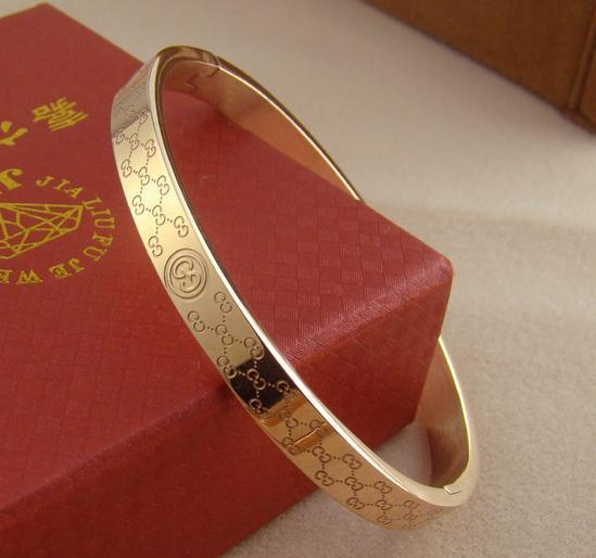 min order US$20 Free shipping 14K gold plated Woman and man metal Bracelets Titanium Jewelry