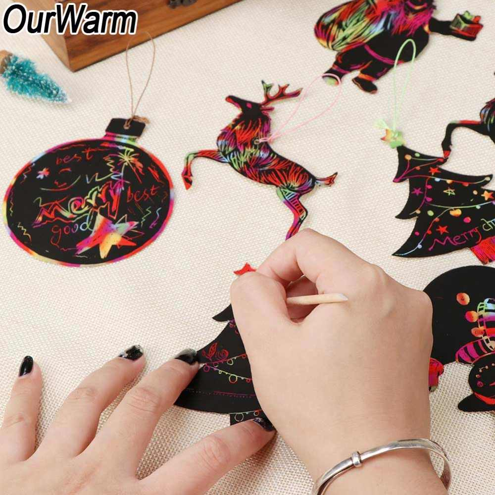 OurWarm 24pcs Magic Color Scratch Kerst Ornamenten Schattige Papieren Hangers Xmas Tree Decoratie Kids Feestartikelen