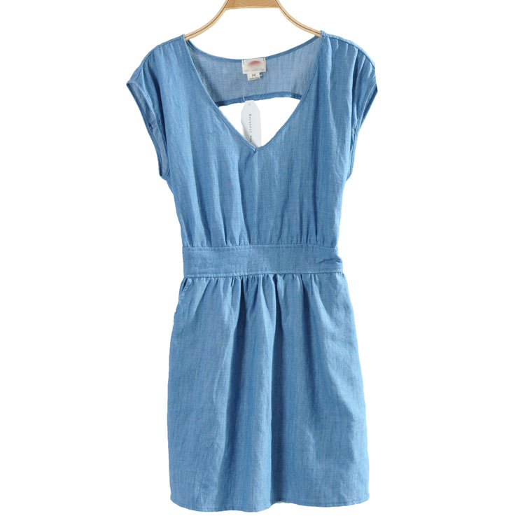 Hot sale new 2017 women 39 s v neck small backless casual for Dress shirts on sale online