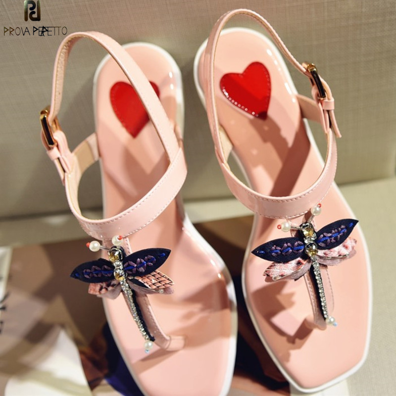 Prova Perfetto 2018 New Rhinestone Flat Sandals Women Sweet Bees Dragonfly Shoes Woman Bohemian Flip Flops Sandals Real Leather 2018 new bohemian women sandals crystal flat heel sandalias rhinestone chain women wedge shoes thong flip flops shoes