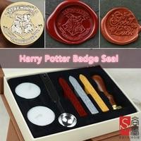 1 takım Retro Harry Potter Koleji Rozet Envelopment Için Davet Mektubu Sızdırmazlık Wax Damga Hediye Kutusu Mühür Düğün Sonrası Dekor