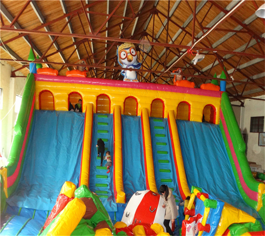 Popular giant cheap inflatable slide for commercial/inflatable bird slide for kids and adults