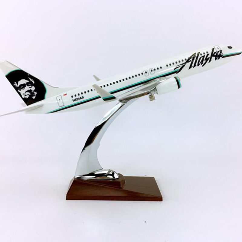 32cm 1/144 Scale Boeing B737-800 Model big ALASKA airlines airplane toys aircraft diecast W base plastic alloy plane collection image