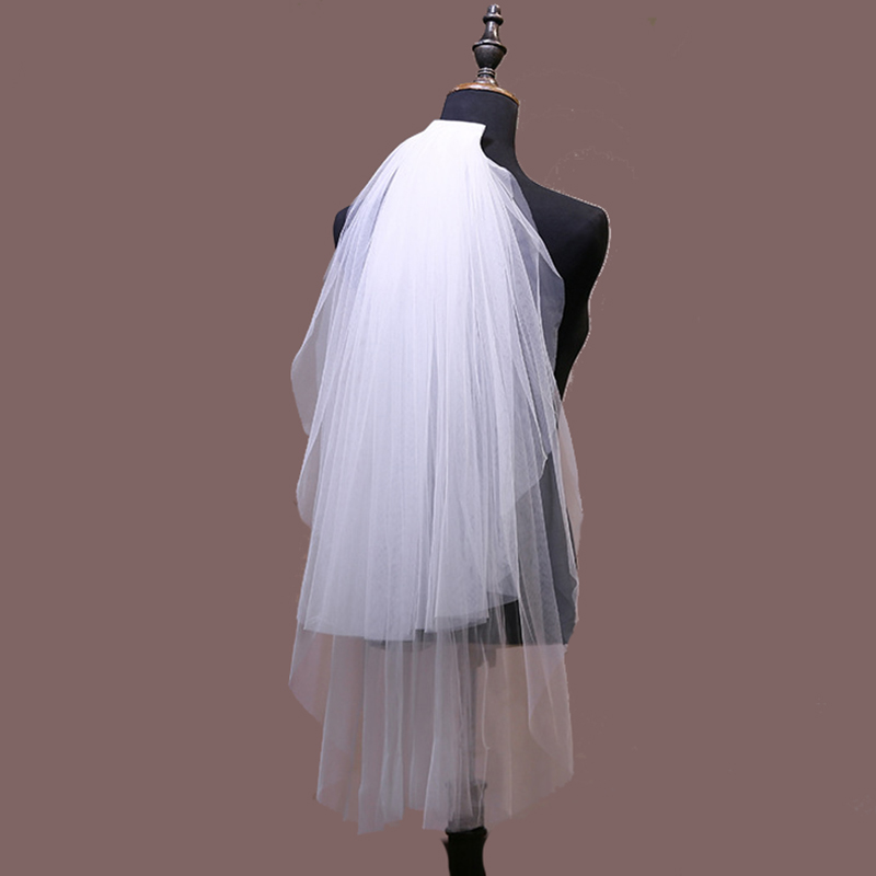 2019 Simple Ivory Short Bridal Veil Two Layers with Comb Cheap Champagne Tulle Wedding Veils For Bride for Mariage Accessories