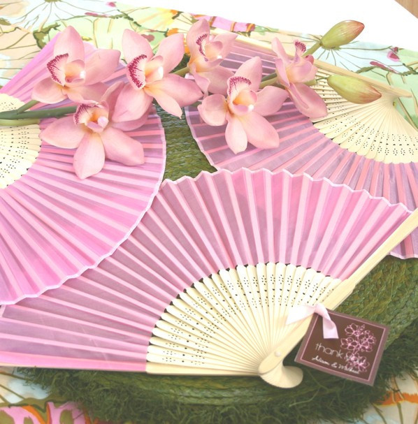 200pcs /lot pink/white/blue Plain solid color Silk Bamboo Fan Folding Hand fan Wedding Favor party gift H110w