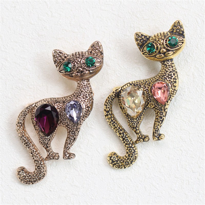 Free Shipping Cute Little Cat Brooches Pin Up Jewelry For Women Suit Hats Clips Corsages Brand Bijoux Crystal Brooch Bijouterie