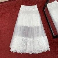 Для женщин высокого качества кружевные юбки новый 2019 Весна осень посадочных полосах белый плиссированные юбки A148