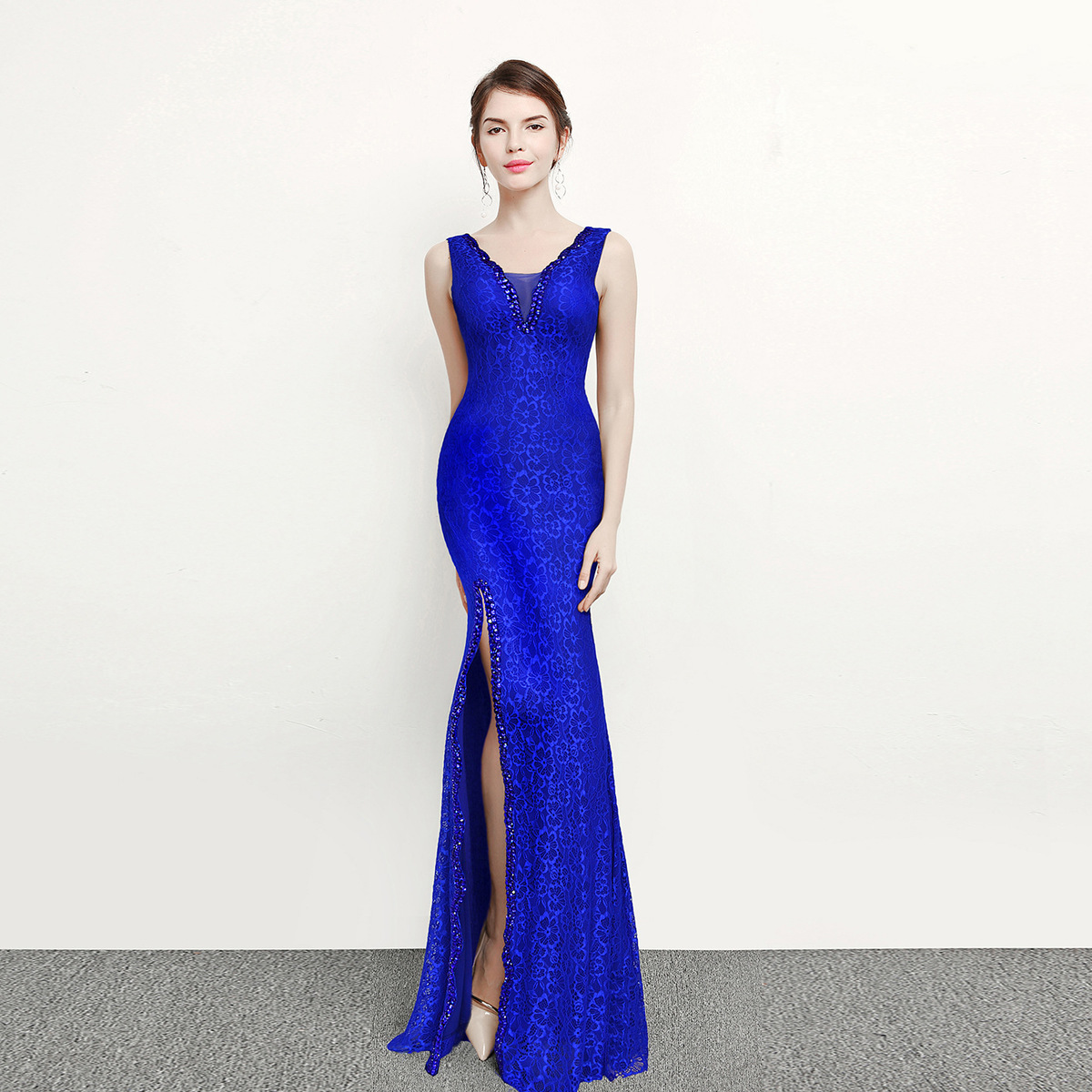 New Arrivals fiowers pattern appliques deep v reveal back evening dress v-neck simple sleeveless foor-length mermaid Hot Sale