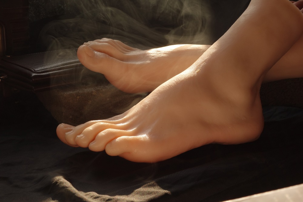Real skin font b sex b font dolls japanese masturbation full silicone life size fake feet