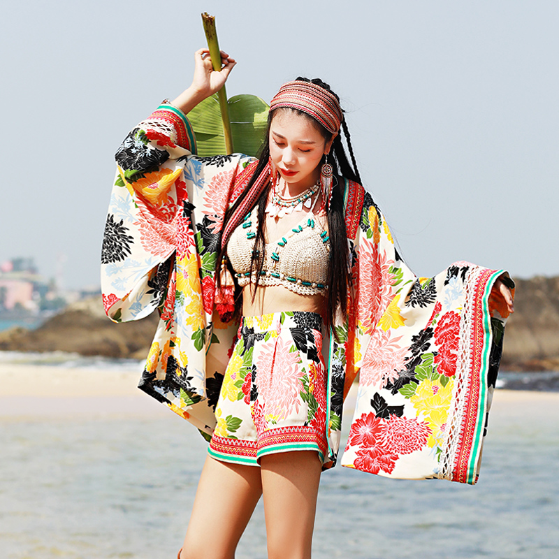 Printemps été nouvelles femmes japon Style décontracté lâche imprimé Floral plage vacances Kimono manteau court + pantalons courts ensembles