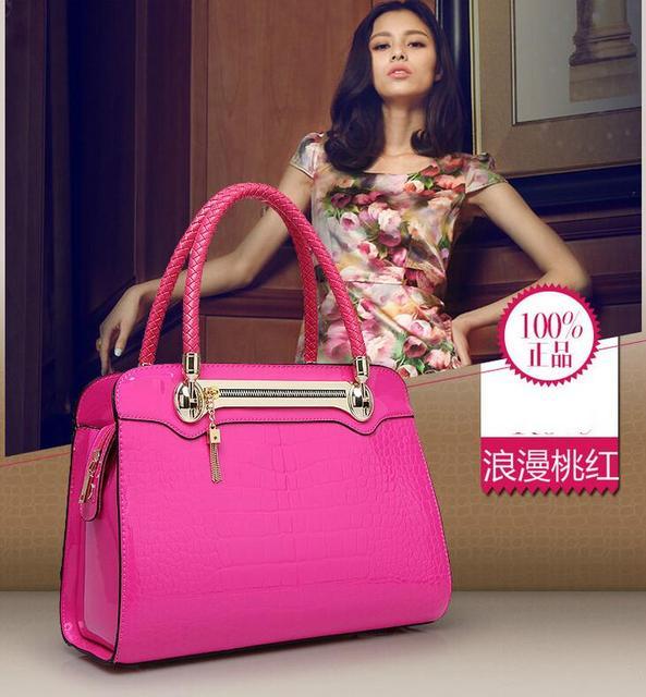 2017 new women crocodile leather bag light portable bag type Fashion Shoulder Bag cross Ladies Functional Crossbody Bags