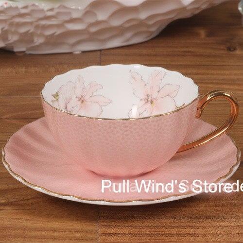 Fine rose os chine tasse à thé noir exquise couleur or rouge en céramique tasse à lait grandes tasses soucoupes