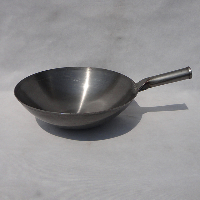 Old Fashioned Traditional Iron Wok Refined Pan Chinese Round Bottom Pot Frying