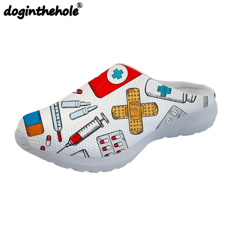 doginthehole Medical Nurse Printing Flat Beach Shoes for Women Lightweight Outdoor Sandals Sport Slipper Girls Sport Shoes Mesh