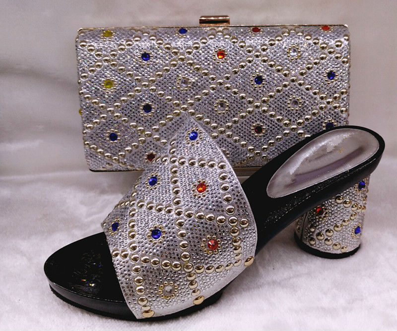 ФОТО Hot Sale African Wedding Purple Shoes Pumps And Bag To Match Fashion Lady Hihg Heels With Purse Online SILVER COLOR