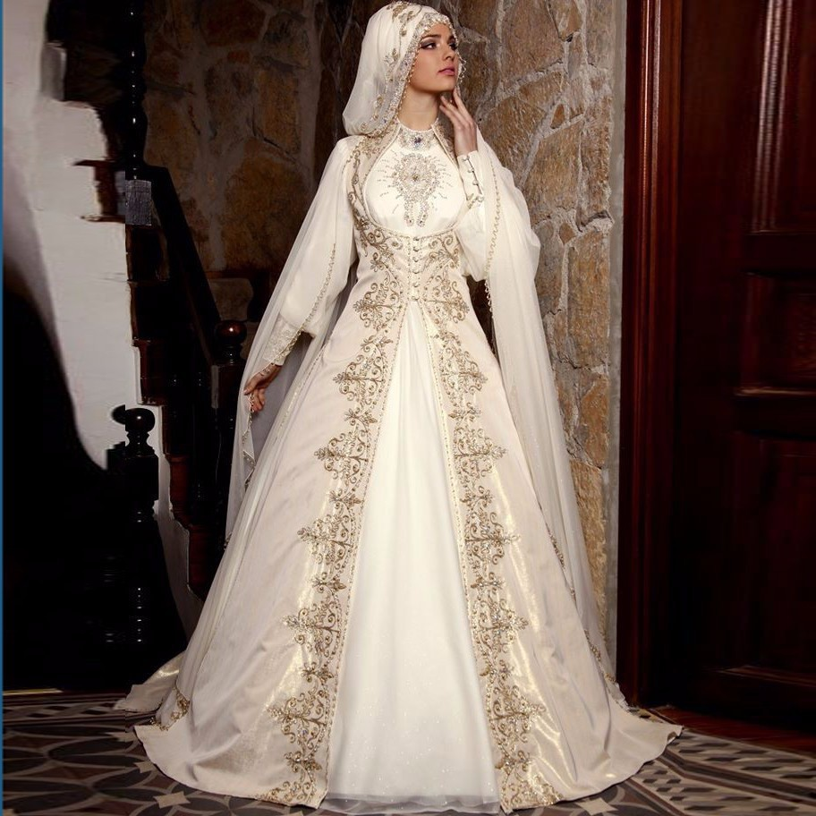 Ball Gown Embroidered Wedding Dress: Arabic Muslim Wedding Dresses With Gold Embroidery Long