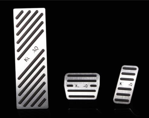 Aluminum Car Accelerator Gas Brake pedal Clutch Pedal AT For Skoda kodiaq 2016 2017 2018 Non Slip Pedal Plate Pads Covers