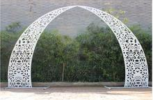 New wedding props iron horn door arch gold and white carved flower