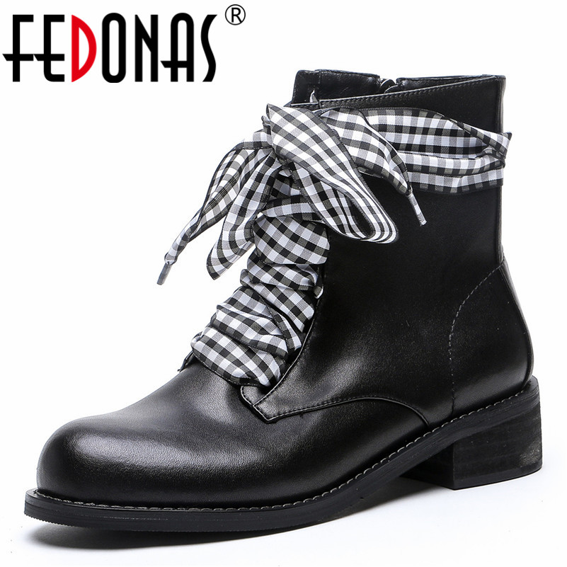 FEDONAS Fashion Brand Women Short Motorcycle Boots High Heels Autumn Winter Martin Shoes Woman Genuine Leather Short Basic Boots цена 2017