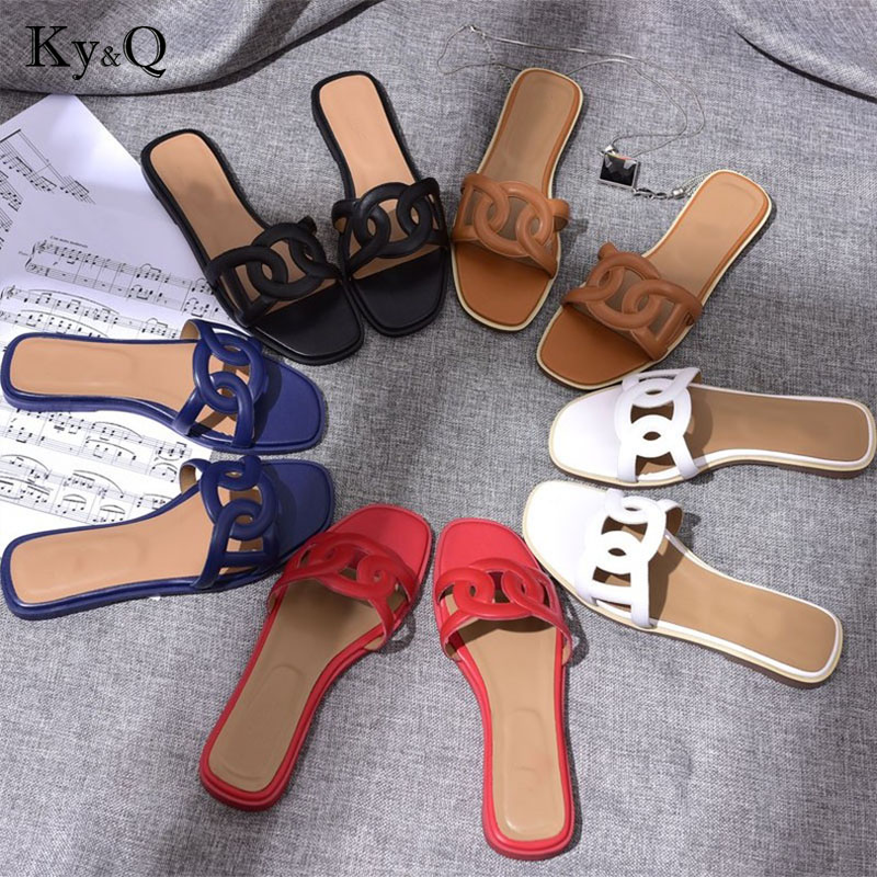 2018 Genuine Leather Luxury brand new slippers cut out summer beach sandals Fashion women outdoor slippers indoor flip flop