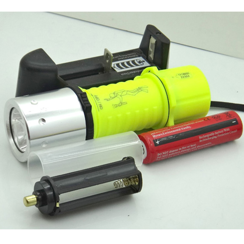 20set Diving T6 1800LM yellow LED light Waterproof Underwater Flashlight Lamp Torch 3 Mode super LED +18650+charger underwater 18650 diving flashlight led torch t6 u2 yellow l2 lamp waterproof fishing light lamp by rechargeable battery