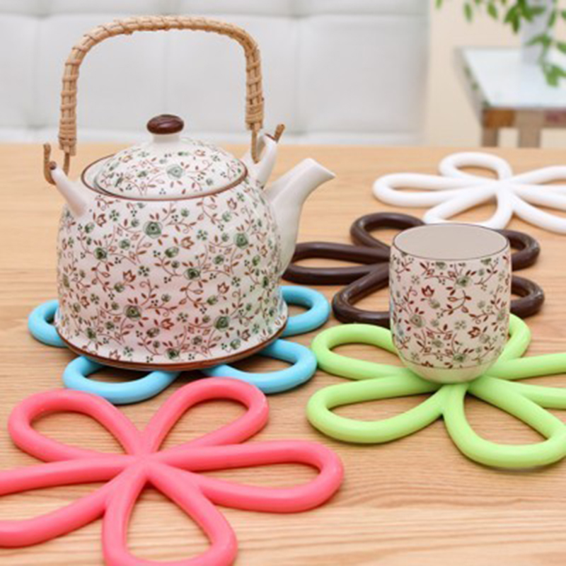 1PCS Silicone Anti Slip Cup Mat Dish Bowl Pan Placemat Coaster Base Kitchen Table Accessories C2